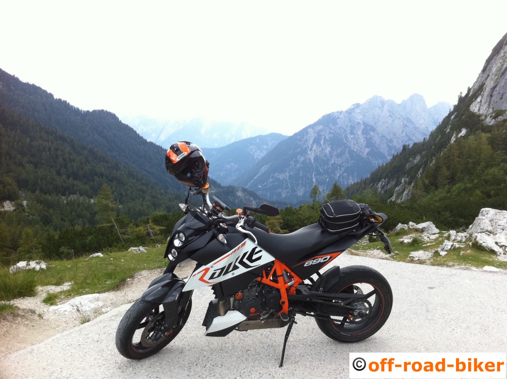 Duke 3R mit CASM - Reifentest im Motorrad Blog