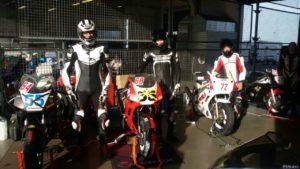 Fahrer FZR-Forum.de Racing Team einsatzbereit