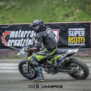 Supermoto IDM Auftakt in Harsewinkel