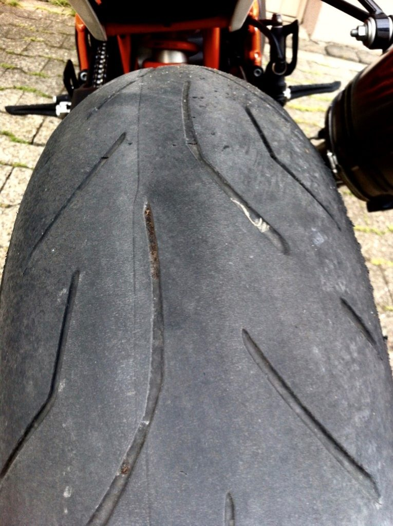 Bridgestone S20 Evo_S20 hinten