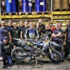 Kevin Röttger bei seinem Sponsor - Motorrad-Ersatzteile24.de